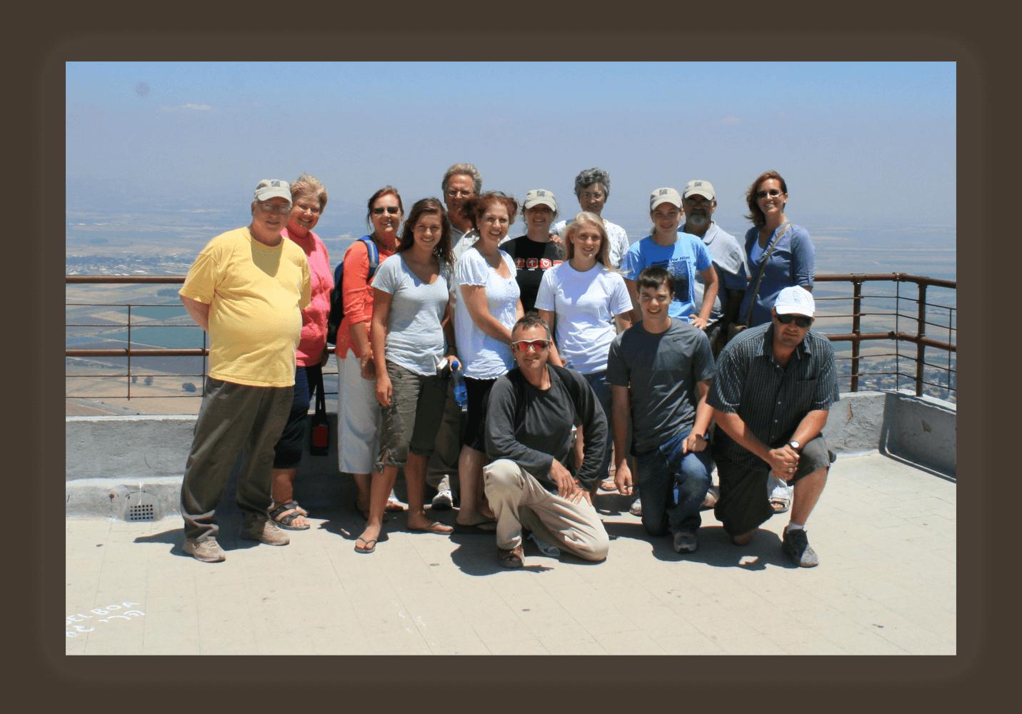 2010 HFH team_Mt Carmel_res